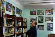 На фотовыставке вбиблиотеке (4)