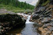 Река Каменка вскалистых берегах